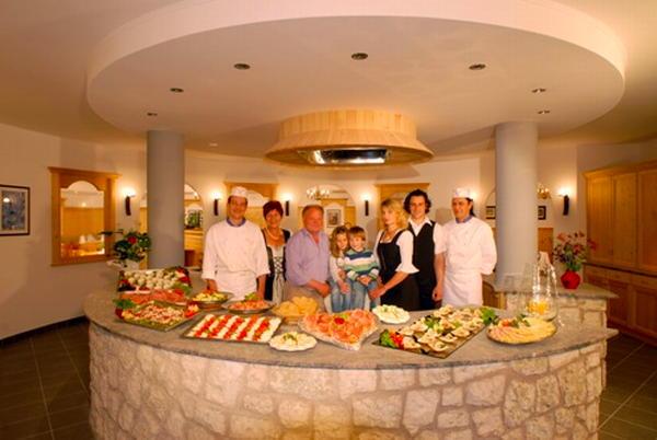 Foto della cucina Weisslahnbad