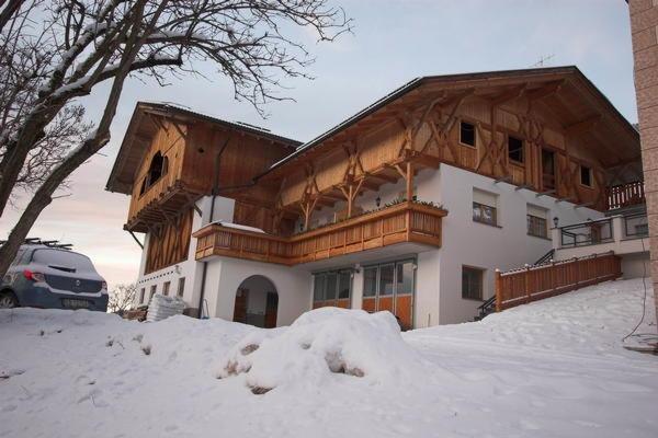 Foto invernale di presentazione Mühlhof - Appartamenti in agriturismo 2 fiori