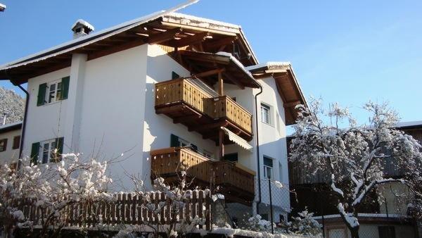 Foto invernale di presentazione Rundegg - Camere private + Appartamenti 1 sole