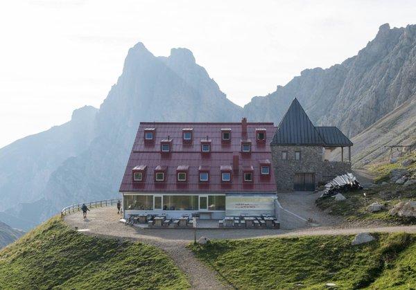 Foto Außenansicht im Sommer Alpe di Tires - Tierser Alpl