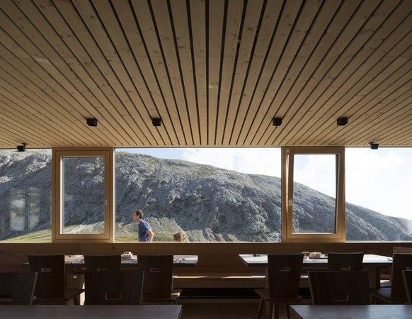 Die Gemeinschaftsräume Berghütte mit Zimmern Alpe di Tires - Tierser Alpl