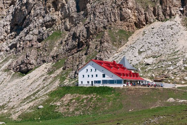 Sommer Präsentationsbild Berghütte mit Zimmern Alpe di Tires - Tierser Alpl