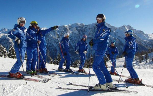 Italienische Ski- und Snowboardschule Marilleva com.xlbit.lib.trad.TradUnlocalized@6fbfddcb