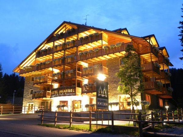 Summer presentation photo Maribel - Hotel 4 stars sup.