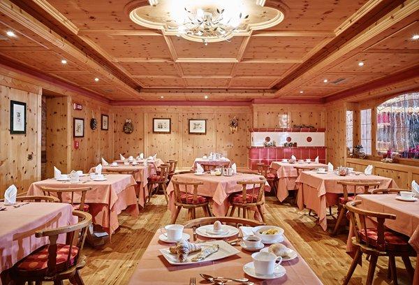 The restaurant Madonna di Campiglio Cerana Relax Hotel