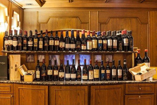 Wine cellar Madonna di Campiglio Splendid