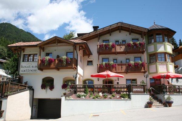 Summer presentation photo Chalet Campiglio Imperiale - B&B (Garni)-Hotel 4 stars