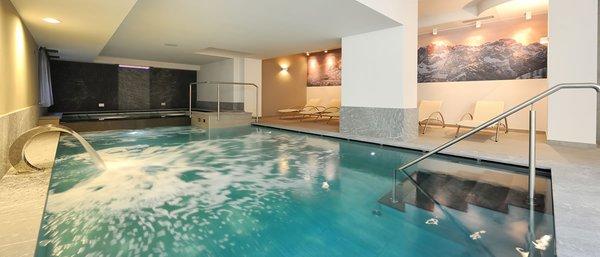 Swimming pool Crozzon - Hotel 3 stars sup.