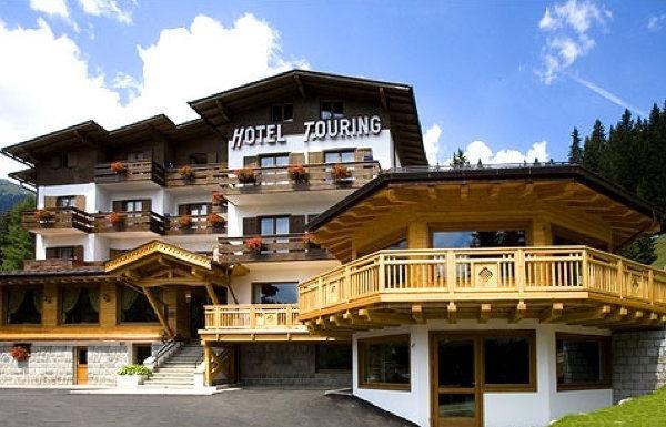 Foto estiva di presentazione Touring - Hotel 3 stelle