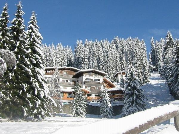 Foto invernale di presentazione Touring - Hotel 3 stelle