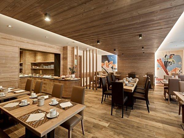The breakfast Arnica - B&B (Garni)-Hotel 3 stars