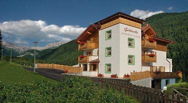 Summer presentation photo La Soldanella - B&B (Garni)-Hotel 3 stars