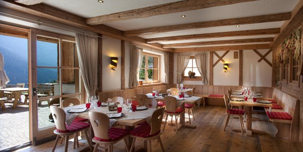 The restaurant Madonna di Campiglio Fogajard Lovely Chalet