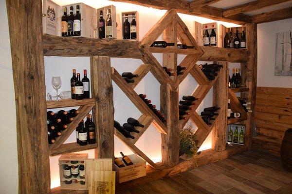 Wine cellar Giustino (Pinzolo - Val Rendena) Olympic Regina Hotel