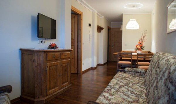 Der Wohnraum Residence Holidays Dolomiti