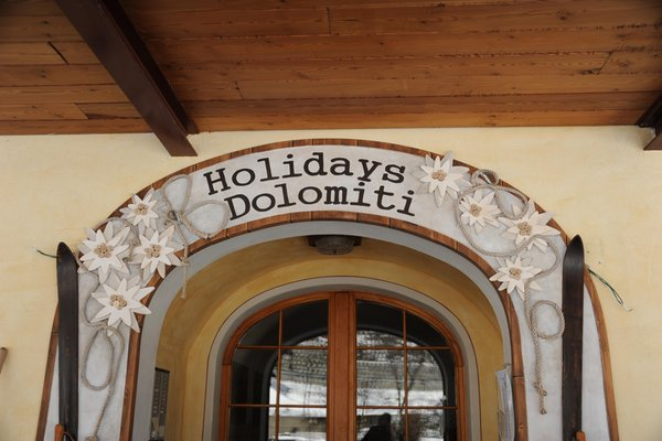 Foto Außenansicht Residence Holidays Dolomiti