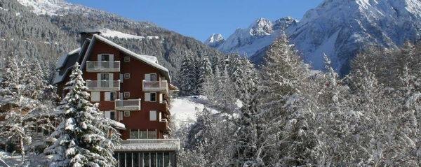 Foto invernale di presentazione Mirella - Hotel 4 stelle