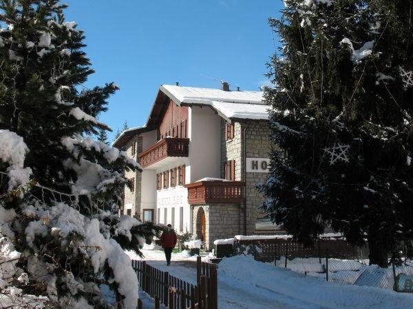 Foto invernale di presentazione Bleis - Hotel 3 stelle