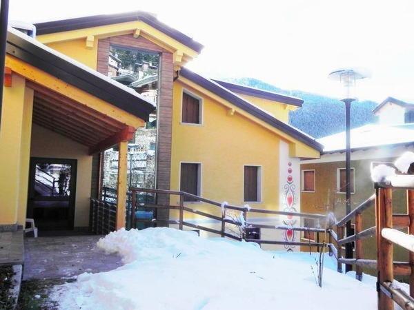Residence acero rosso ponte di legno val di sole for Acero rosso milano