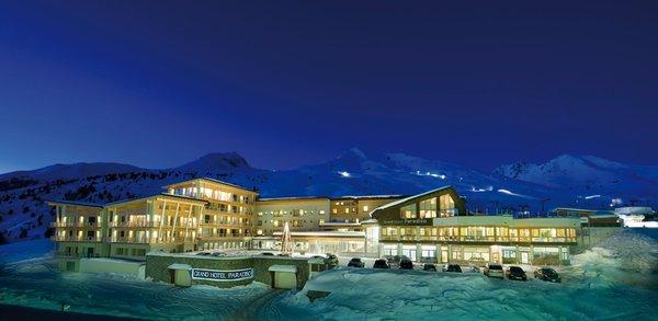 Foto invernale di presentazione Grand Hotel Paradiso - Hotel 5 stelle