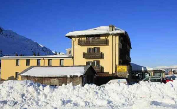 Foto esterno in inverno Dolomiti