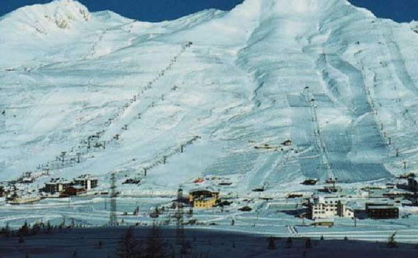 La posizione Hotel Dolomiti Passo Tonale