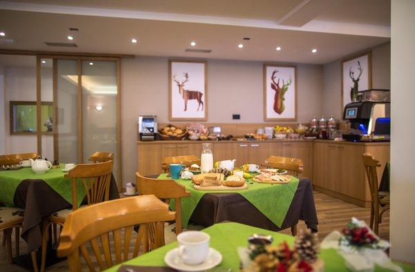 La colazione Alpencolor Hotel Tonale - Hotel 3 stelle