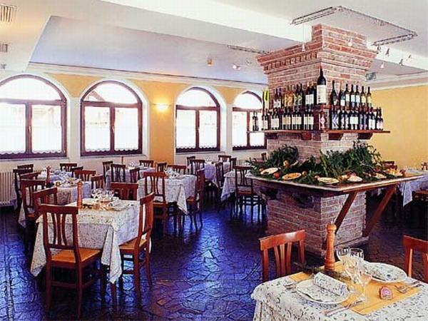 Il ristorante Passo Tonale Locanda Locatori