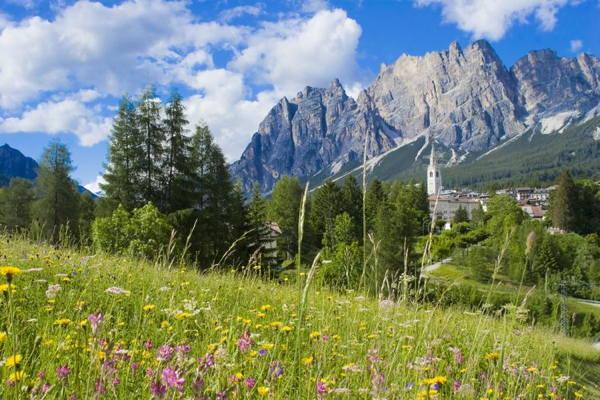 Cortina d'Ampezzo - Associazione Albergatori  Cortina d'Ampezzo