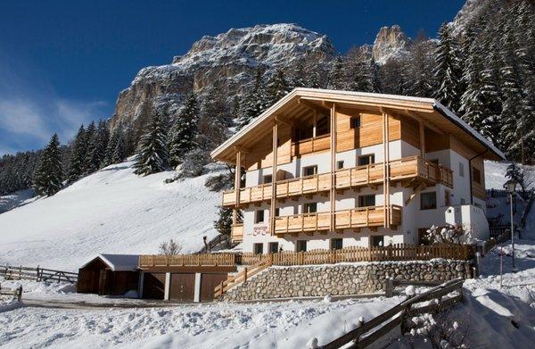 Foto invernale di presentazione Ciasa Col Cuch - Appartamenti 3 soli