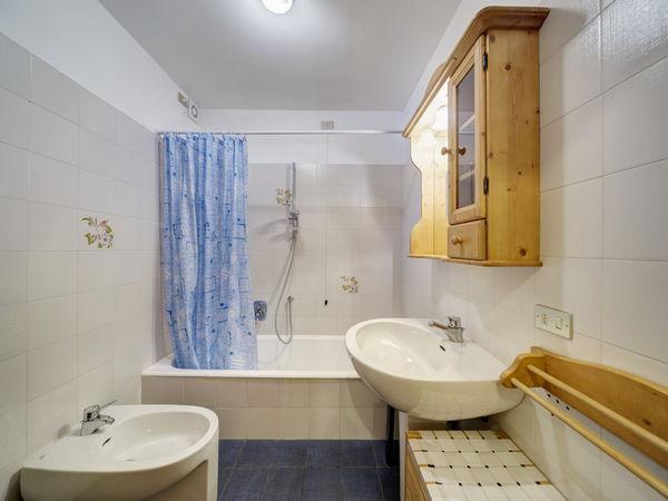 Foto del bagno Appartamenti Stayincortina
