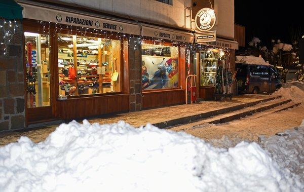 Foto di presentazione Noleggio sci Snow Service 3