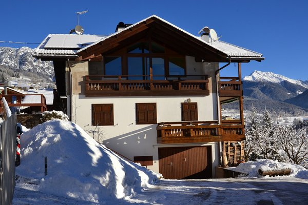 Foto invernale di presentazione Appartamenti Pozza