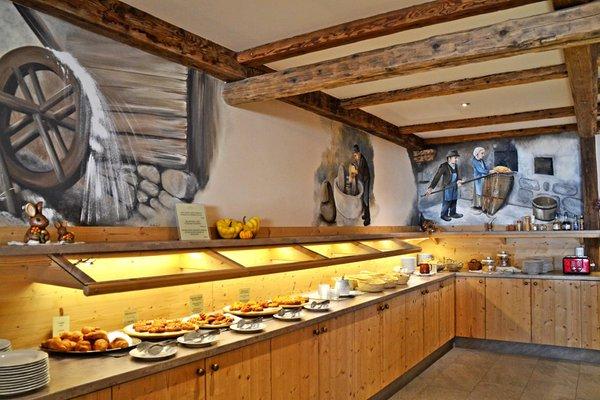 La colazione Miraval Hotel - Hotel + Residence 4 stelle