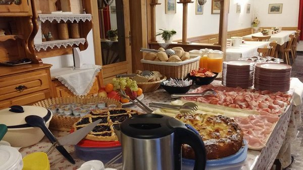The breakfast Aurora - Alpin Gourmet - Hotel 1 star