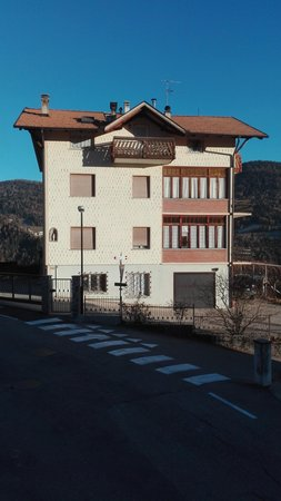 Foto estiva di presentazione Fanti Silvano - Appartamenti 2 genziane