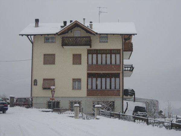 Foto invernale di presentazione Fanti Silvano - Appartamenti 2 genziane