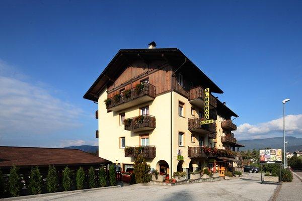 Foto estiva di presentazione Hotel Bucaneve