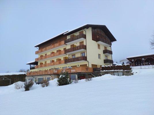 Winter Präsentationsbild Hotel Bucaneve