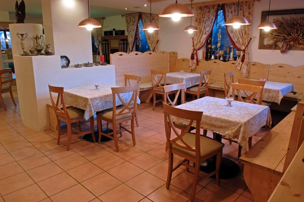 Il ristorante Ronzone Stella delle Alpi Wellness & Resort
