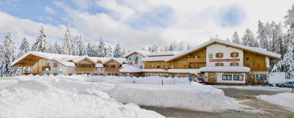 Foto esterno in inverno Waldheim Resort & Spa