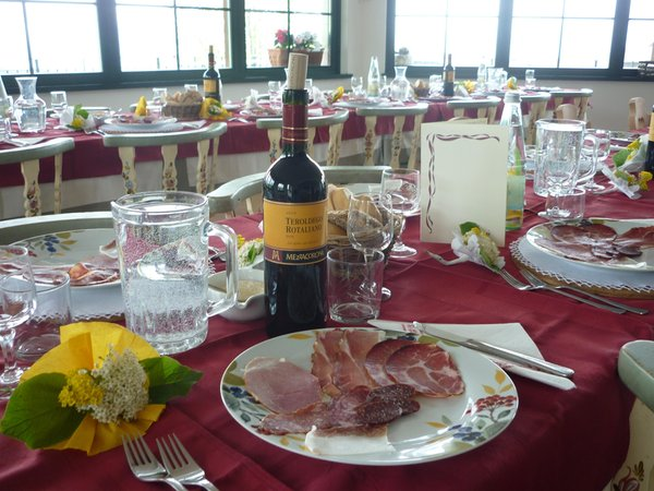 Das Restaurant Sfruz (Nonstal) La Capannina