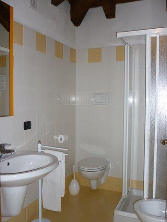 Foto vom Bad Zimmervermietung La Capannina
