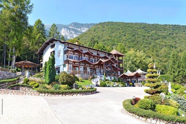 Foto estiva di presentazione Scoiattolo - Hotel 2 stelle