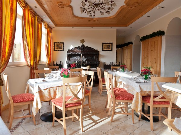 The restaurant Ronzone Stella delle Alpi Wellness & Resort
