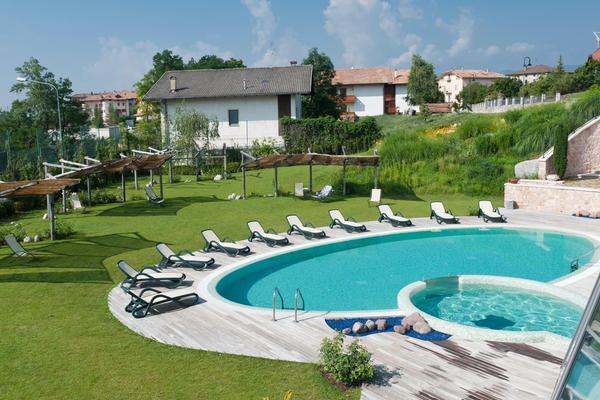 La piscina La Quiete Resort - Wellness Center