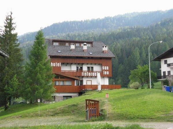Foto estiva di presentazione San Leo - Hotel 3 stelle