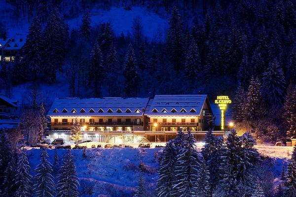 Foto invernale di presentazione Hotel Il Cervo
