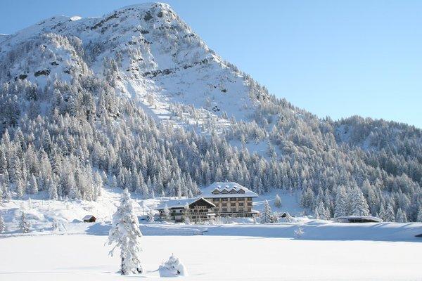 Foto invernale di presentazione Al Gallo Forcello.1530 - Hotel 3 stelle sup.