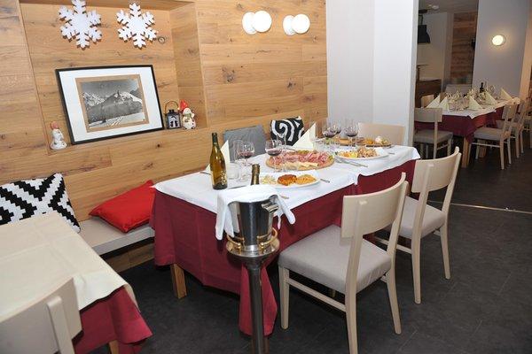 Il ristorante Passo Pramollo Al Gallo Forcello.1530